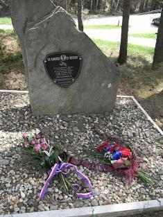 Pomník Zdíky 25.4.2015